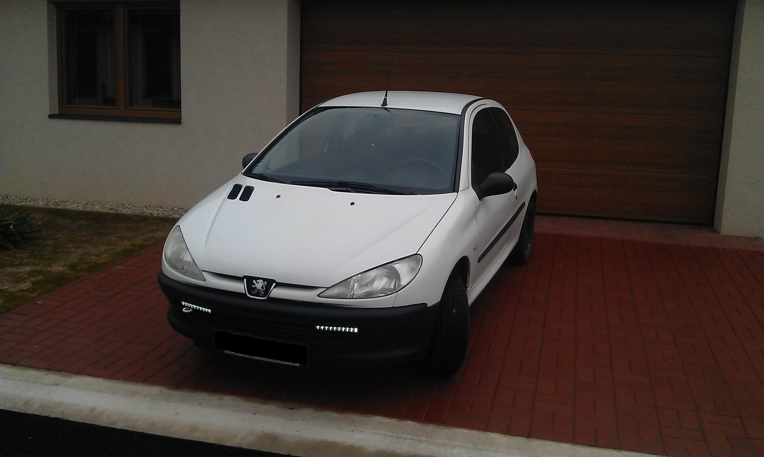 Peugeot 206 1,1i (44 kW), 3d.