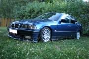 BMW 3 E36 318i (85 kW)
